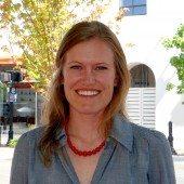 Anne Eshelman headshot