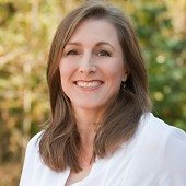Carolyn Sullivan Headshot