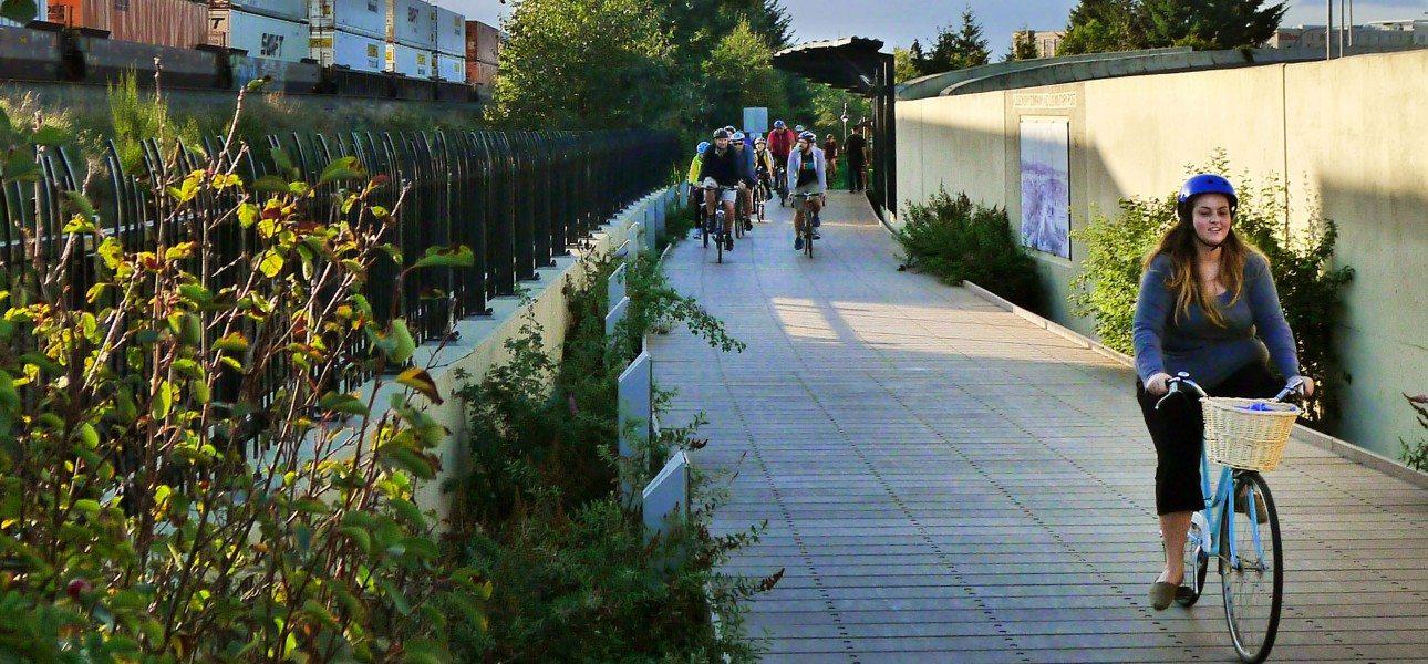 Vancouver-WA-Destination-Downtown-group-bike-ride